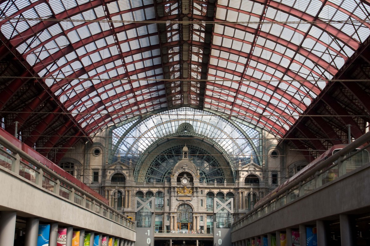Main hall with red dome in Antwerp Central Station