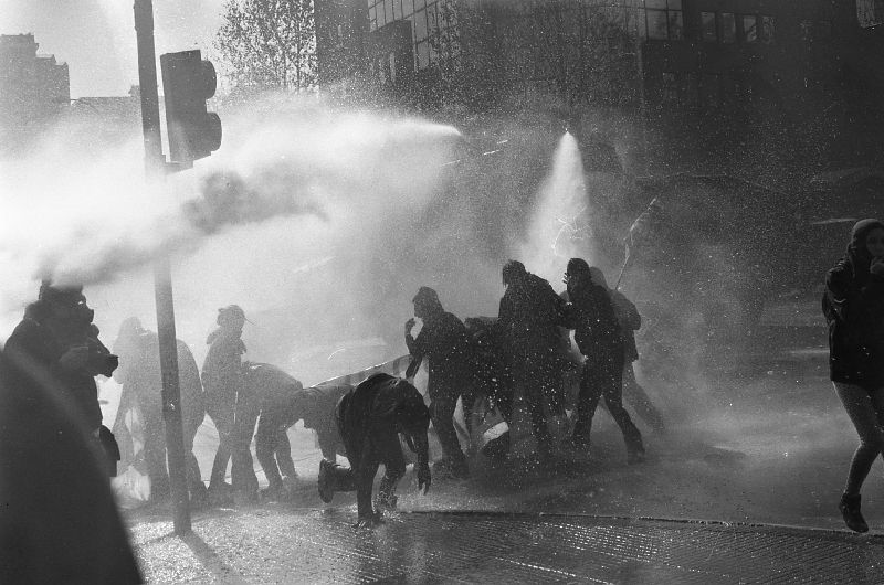 Police using water cannons against protestors, Santiago de Chile 2011